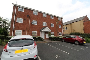 Stonepine Place, Gornal - Click for more details